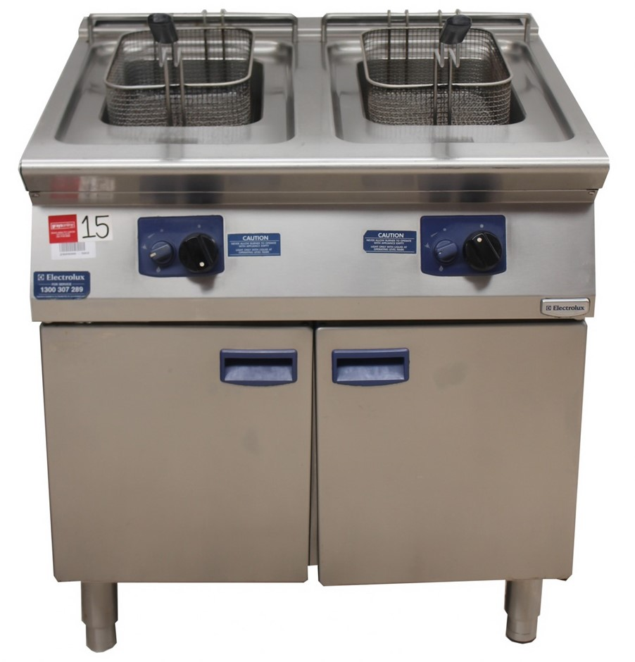 ELECTROLUX GAS DOUBLE PAN FRYER ORP $9,200 MODEL E7FR</li
