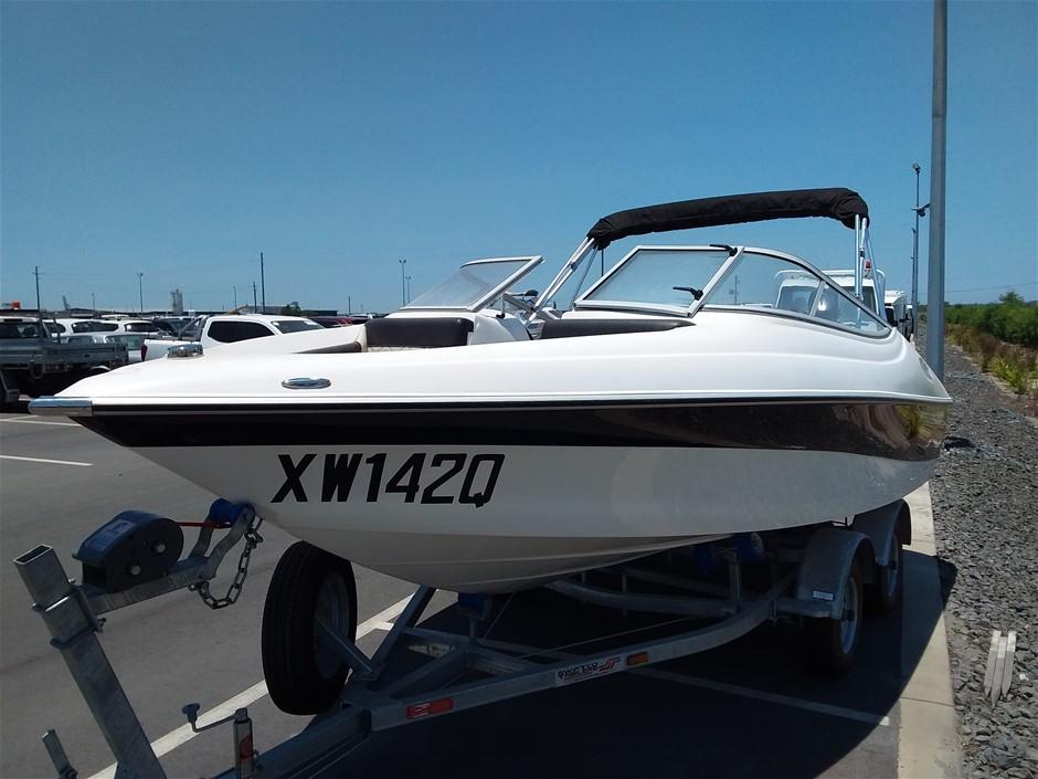 2014 Bullet Auz Sports 195BR Bowrider 19.5ft Fibreglass Ski Boat