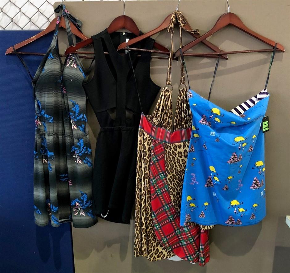 A quantity of 4 Women's Dresses (Pooraka, SA)