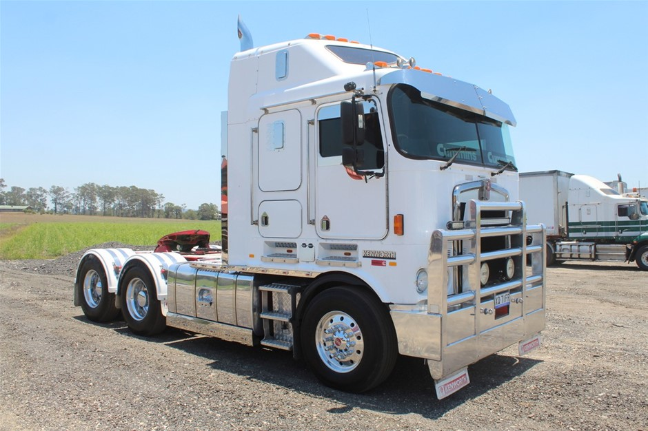 2006/05 Kenworth K104B 6 x 4 Prime Mover Truck