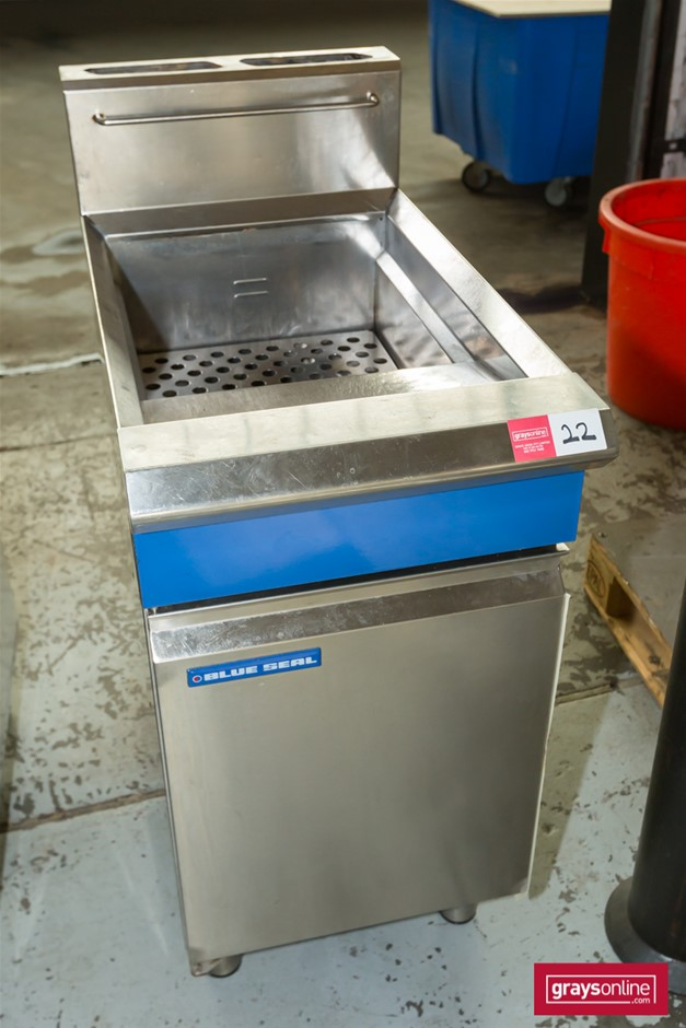Blue Seal GT45 Gas Stainless Steel Deep Fryer