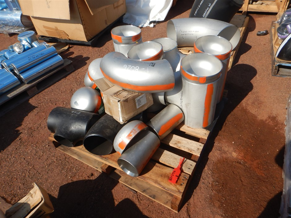 Assorted Pipe Fittings
