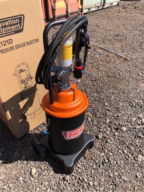 2019 Unused 12 Litre Grease Injector