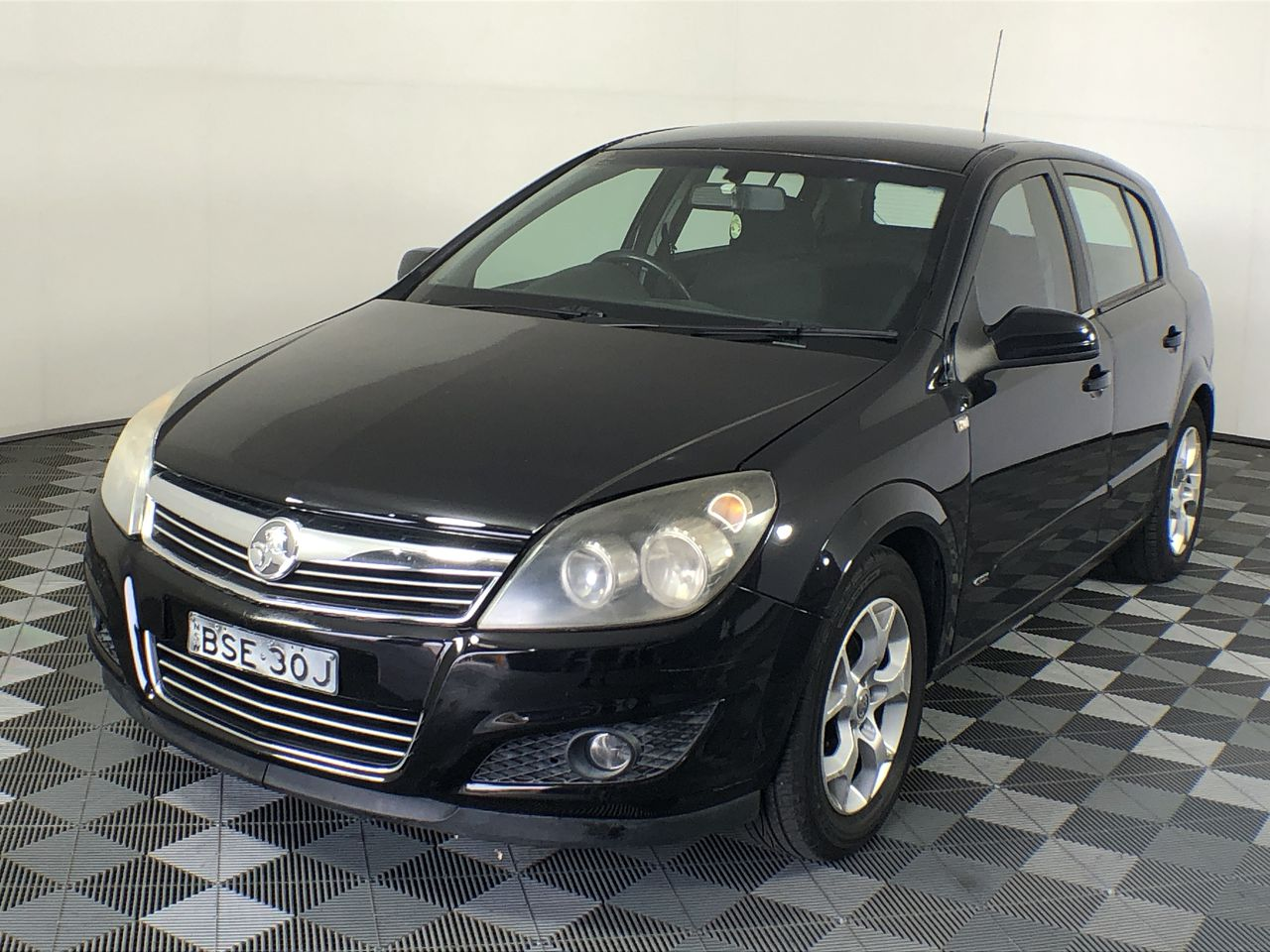 Holden Astra CDX AH Automatic Hatchback (WOVR)