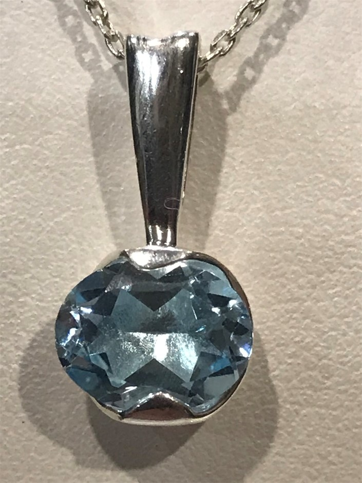 Stunning Genuine 2.10ct Blue Topaz Pendant
