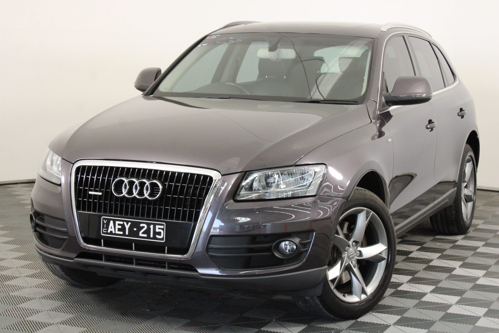 2009 Audi Q5 3.2 FSI Quattro 8R Automatic Wagon