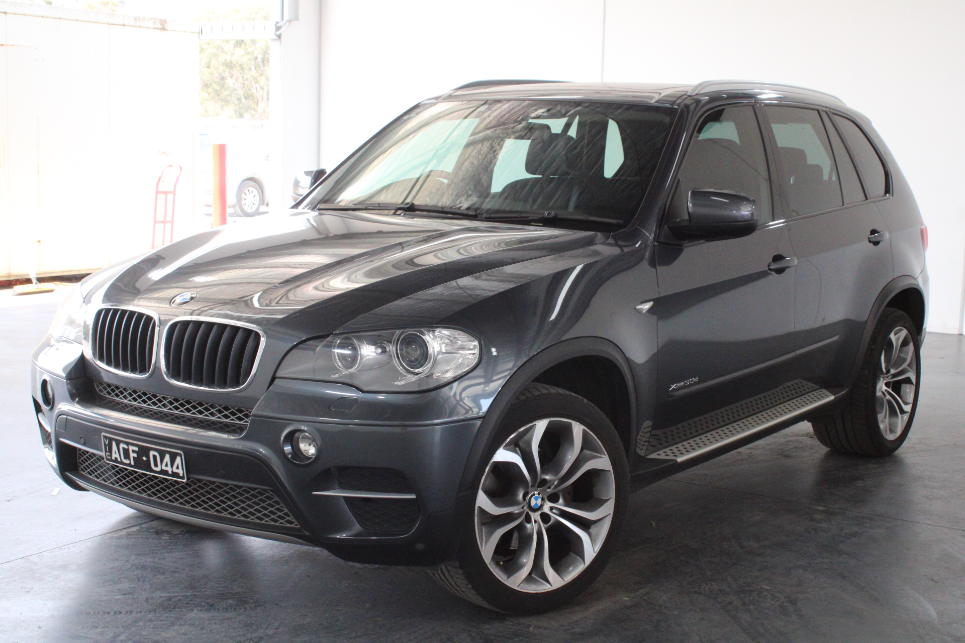 2011 BMW X5 xDrive 30d E70 LCI T/Diesel Automatic - 8 Speed 7 Seats Wagon