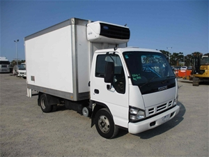 2006 Isuzu NPR 4 x 2 Refrigerated Body T