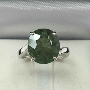 18ct White Gold, 6.70ct Green Sapphire R
