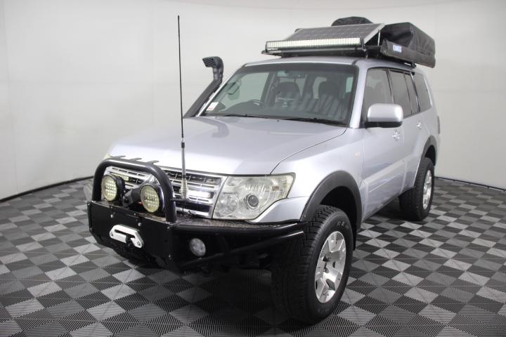 2010 (2011) Mitsubishi Pajero GLS LWB (4x4) NT Turbo Diesel Wagon