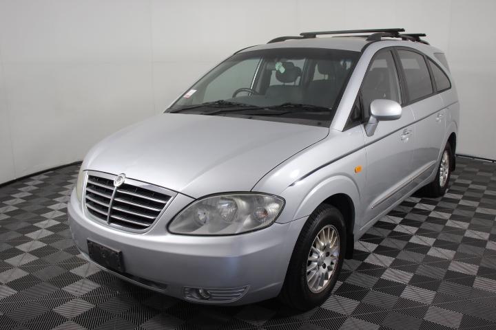 2008 (2009) Ssangyong Stavic 7 Seater Van