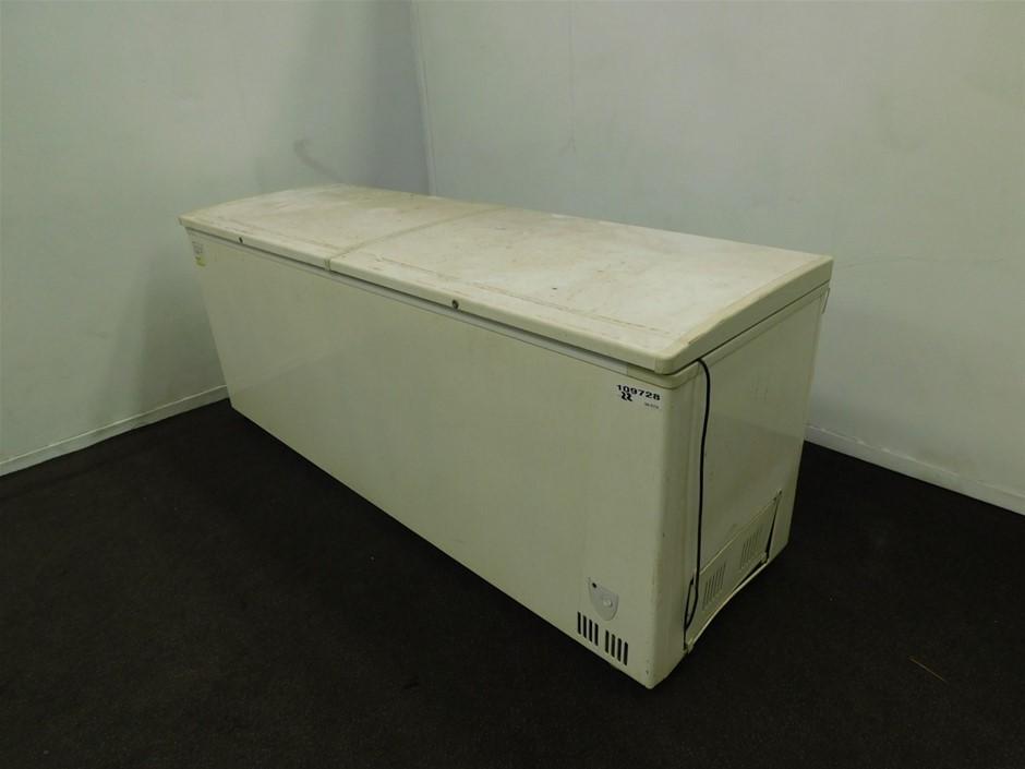 2012 BD/C-70 Chest Freezer