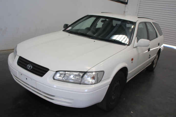 2001 Toyota Camry Conquest Auto