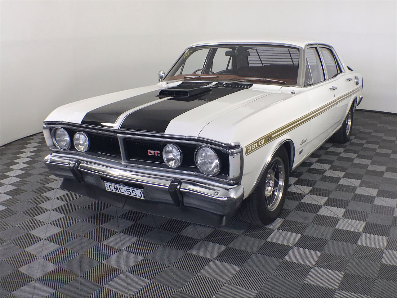 Ford Fairmont 1971 Factory Y code 302 V8 Matching Numbers