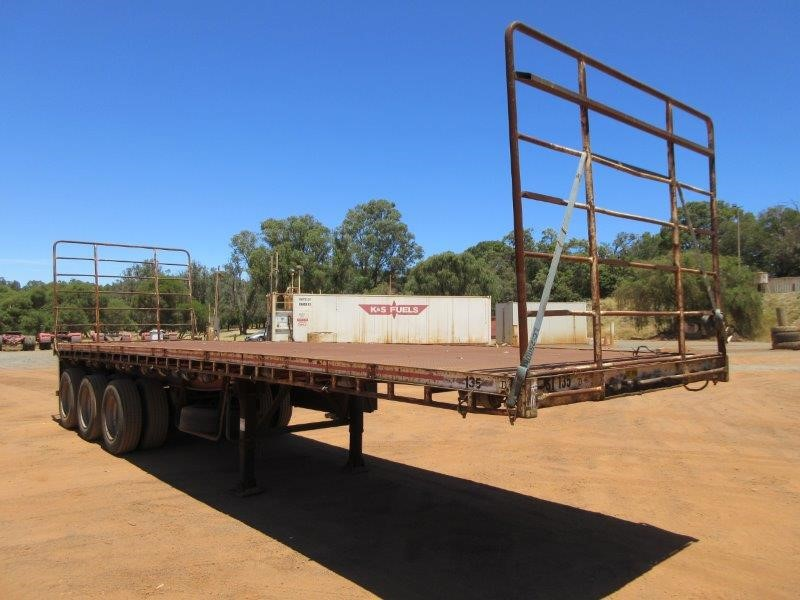 1983 Freighter 33ft ST3 Triaxle Flat Top Trailer