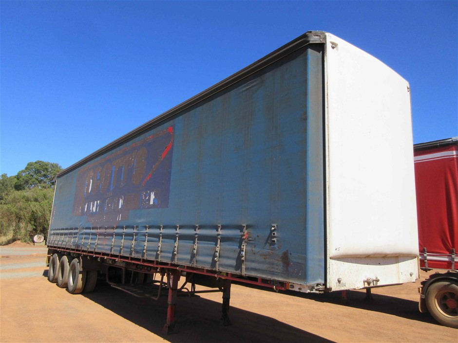 2001 Maxitrans 45ft ST3 Triaxle Curtainsider Trailer