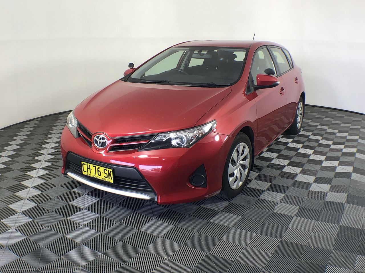 2014 Toyota Corolla Ascent ZRE182R Automatic Hatchback