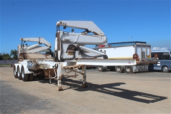 2012 SteelBro SB362 SBSS343F Triaxle Side Lifter Trailer