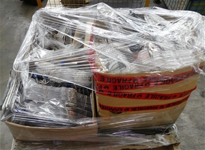 Pallet of Approx. 1500 x Assorted Cloth