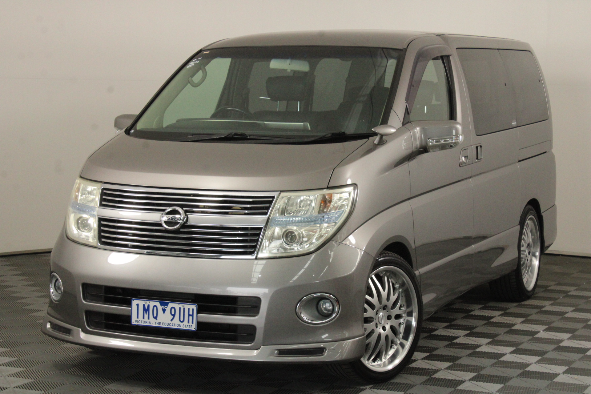 2018 Nissan Elgrand Automatic 8 Seats People Mover