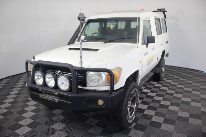 2007 Toyota Landcruiser Workmate (4x4) VDJ78R T/Diesel Manual Wagon 7 Seats