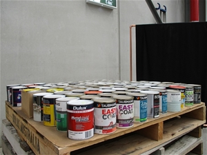 1 Litre Pallet of Assorted Paint
