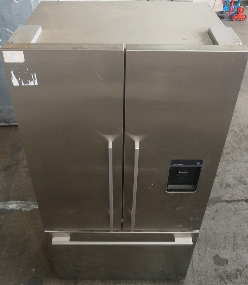 Fisher & Paykel RF610ADUSX4 614L Stainless Steel Fridge