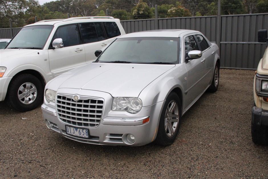 2006 Chrysler 300C 5.7 Hemi V8 LE Automatic Sedan