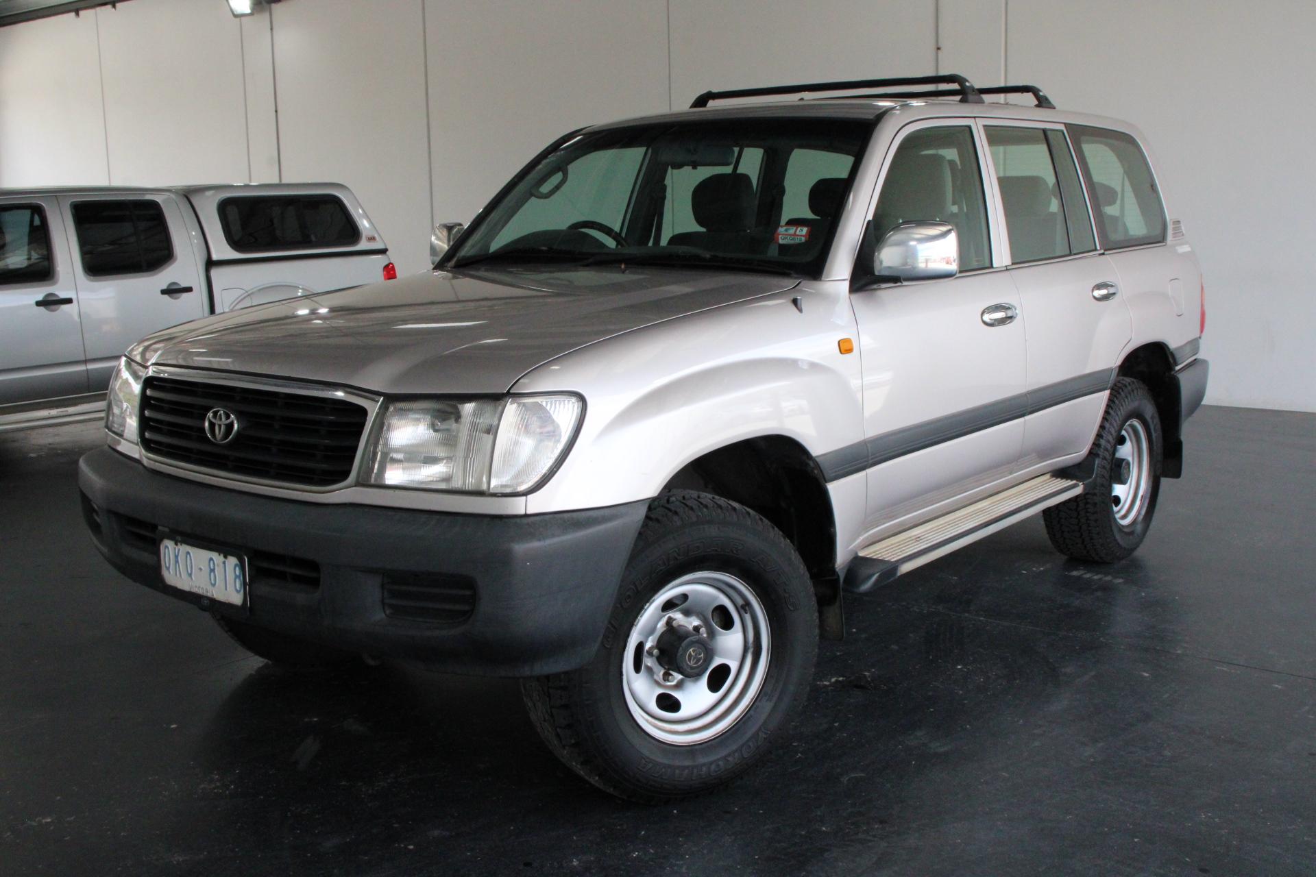 2000 Toyota Landcruiser GXL (4x4) FZJ105R Automatic 8 Seats Wagon