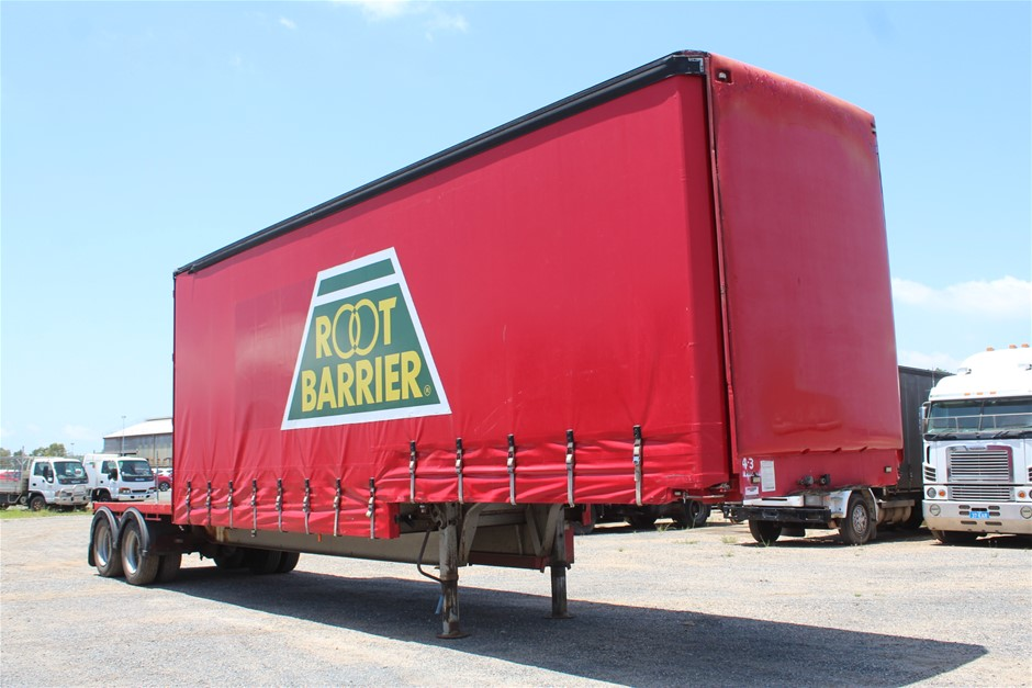 1993 Freighter ST2 OD Tandem Drop Deck Curtainsider/Plant Trailer
