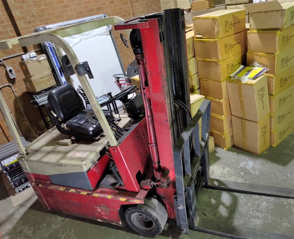 1 Ton Nichiyu Electric Forklift with Charger