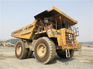 2005 Caterpillar 777D Rigid Dump Truck (