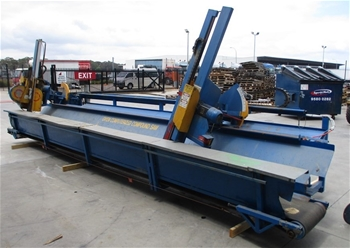 Unreserved Owen Horizontal Compound Tower Saw