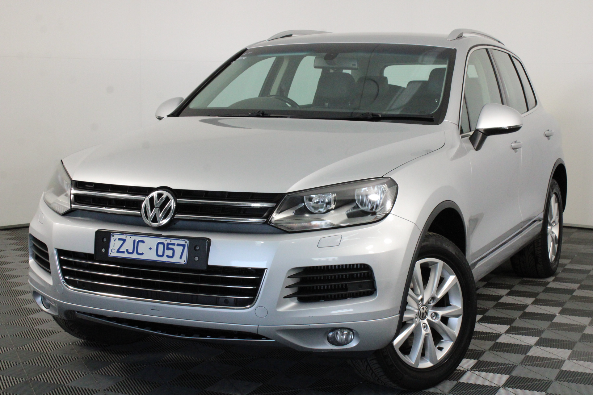 2012 Volkswagen Touareg V6 TDI 7P Turbo Diesel Automatic - 8 Speed Wagon