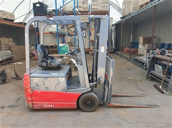 Nichiyu FBT13PN 1ton Electric 3 Wheel Counter Balance Forklift