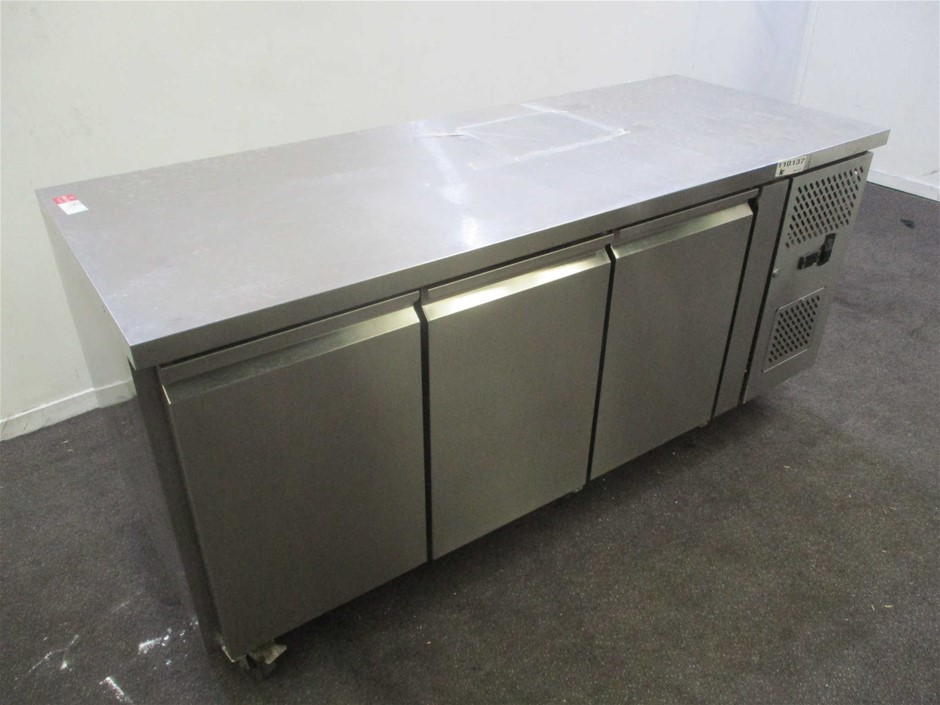 Stainless Steel Under Counter Bench Chiller