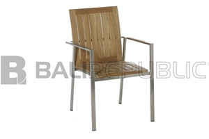 4 x NUSA DUA Outdoor Stacking Chairs wit