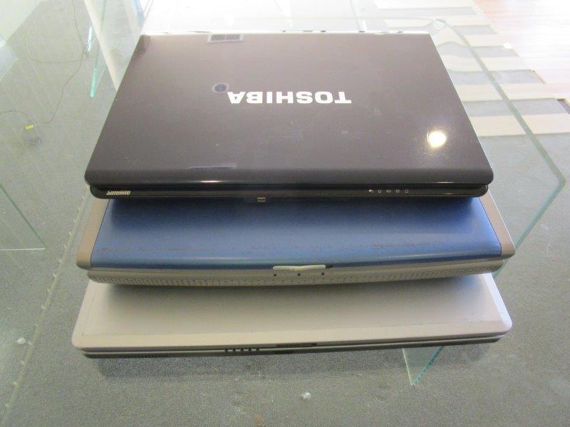 Qty 3 x Laptop Computers