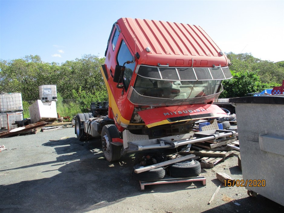 2000 Mitsubishi FP 500 Prime Mover Truck (Suitable for Parts or Repair)
