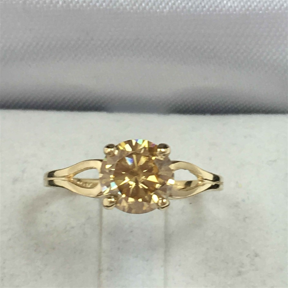 18ct Yellow Gold, 1.27ct Moissanite Ring