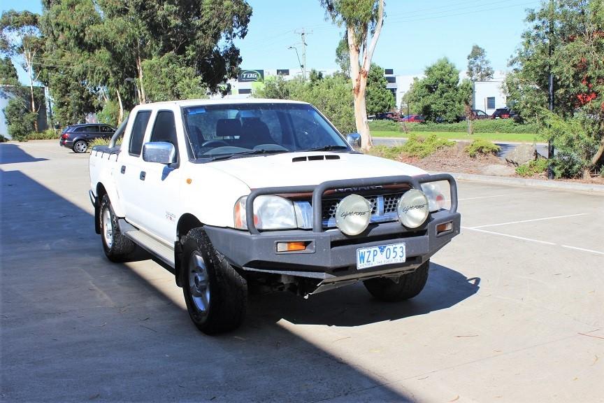 2009 Nissan Navara ST-R 4x4 Turbo Diesel 4WD Manual Dual Cab Chassis