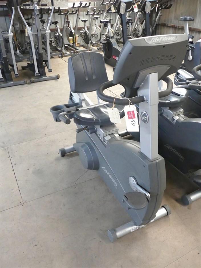 Life Fitness 90R Recumbent Exercise Bike