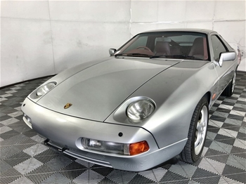 Porsche 928 Automatic Coupe