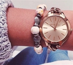 Ladies new Michael Kors NY Couture gold