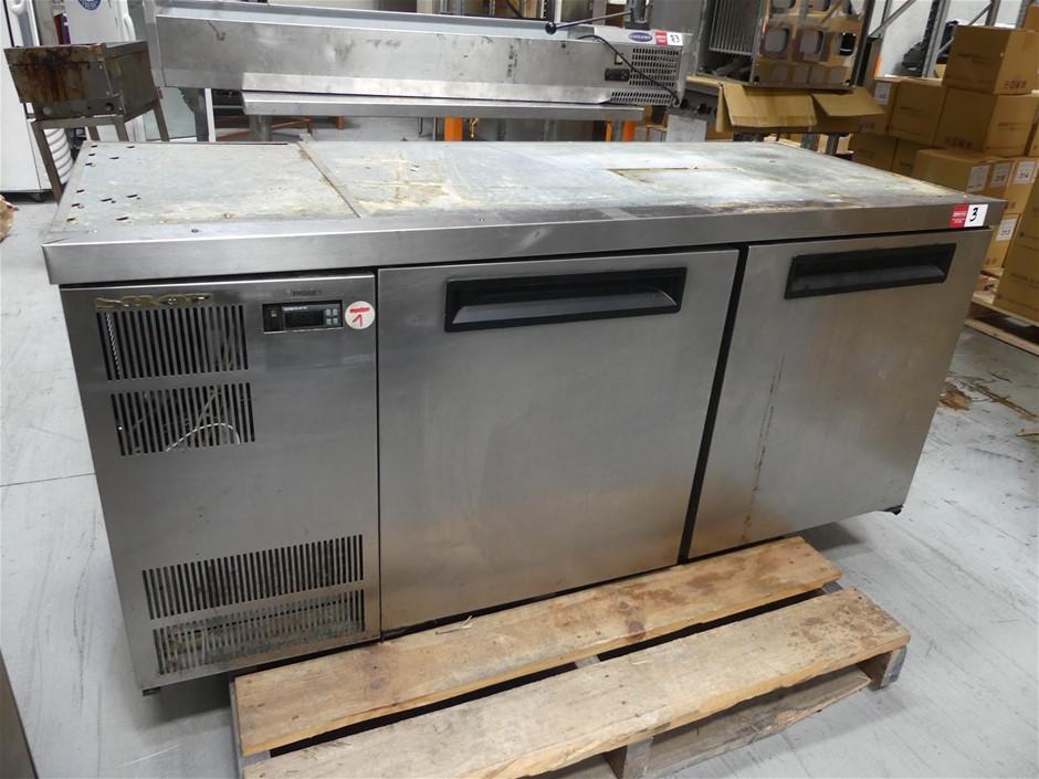 2010 SKOPE CL400i-2-2SW 2 Door Underbench Self-contained Refrigerator