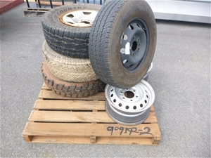 1 x Pallet of 4WD Rims and Tyres