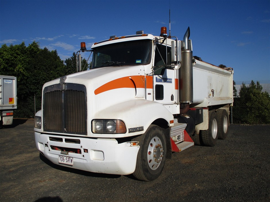 1999 Kenworth T401 6x4 Tipper Truck (White)