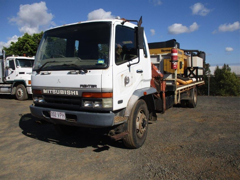 2015 McLoughlin Vacuum Excavation System on Mitsubishi FM618 Crane Truck
