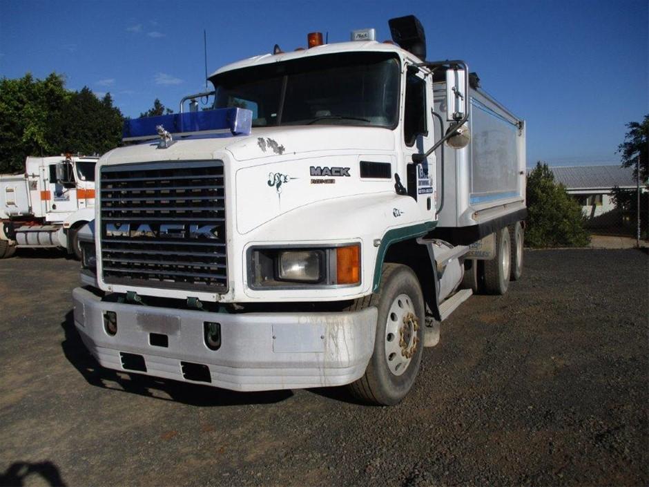 2007 Mack Fleetliner 6x4 Tipper Truck (470HP)