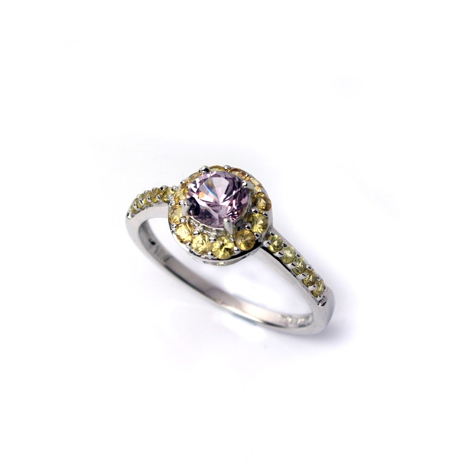 Stunning 18kt Lavender Spinel & Yellow Sapphire Ring